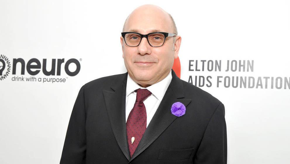WEST HOLLYWOOD, CALIFORNIA - FEBRUARY 09: Willie Garson attends Neuro Brands Presenting Sponsor At The Elton John AIDS Founda